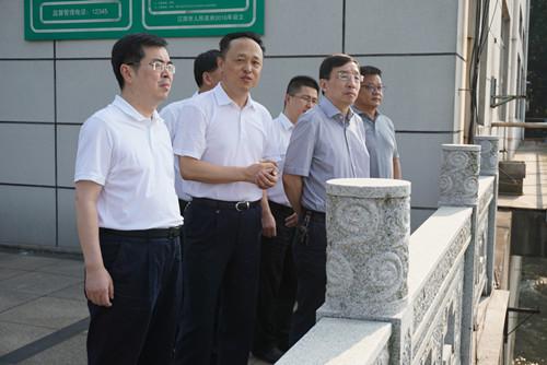 省环保厅副厅长陈志鹏带领省级督察组检查小湾饮用水水源地